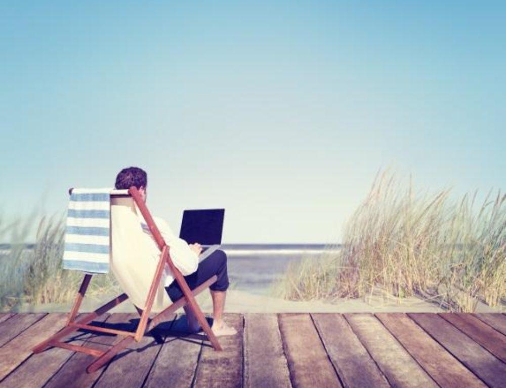 Tips to Balance Travel and Real Life